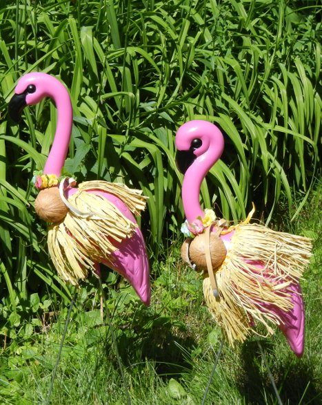 2 HUGE PINK FLAMINGOS with 8 Seasonal Clothing Outfits - Pack 2